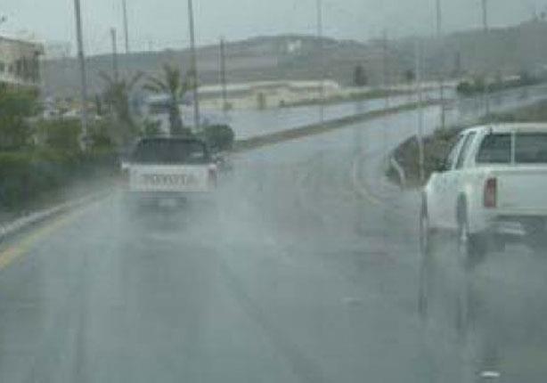 قبيل جولة الإعادة.. شلل في شمال سيناء بسبب الأمطار الغزيرة