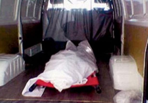 عامل يقتل خطيب ابنته بعد مشاهدتهما في وضع مخل في شقته
