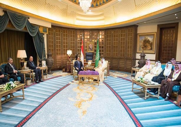 السيسي يغادر الرياض بعد عقد قمة مباحاثات ثنائية من خادم الحرمين الشريفين