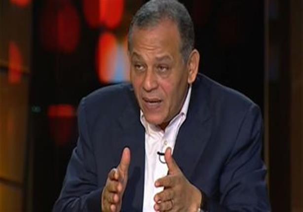 """عصمت السادات لـ عمرو موسى ولجنة الخمسين: """"منكم لله"""""""