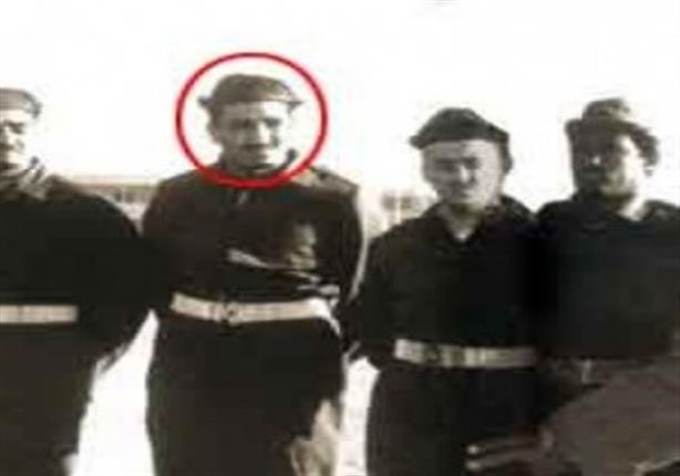 صور نادرة لملك السعودية الحالي متطوعًا في الجيش المصري أثناء العدوان الثلاثي