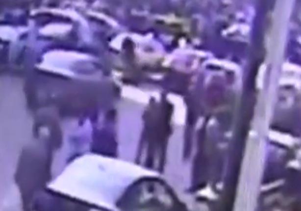 """""""كاميرة مراقبة"""" تلتقط لحظة زرع قنبلة امام دار القضاء العالى"""