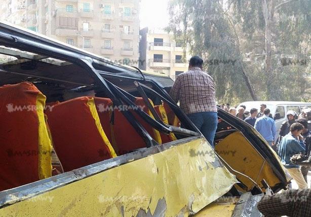 بالفيديو- لحظة انتشال جثث ضحايا حافلة المريوطية المنكوبة