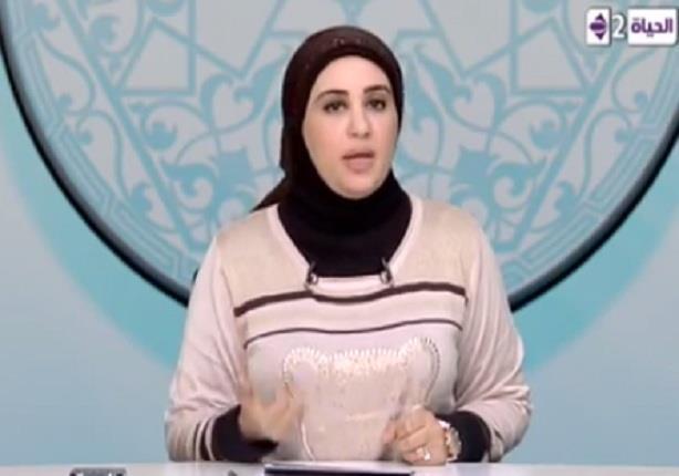 حكم زوج يهجر زوجته في الفراش- د. نادية عمارة