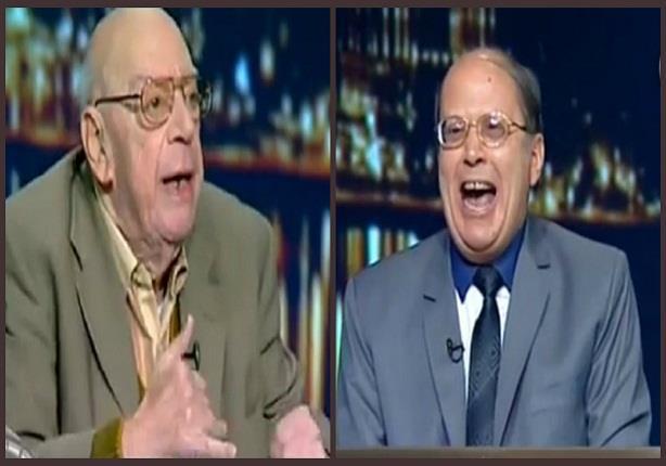 مشادة بين علي سالم وعبد الحليم قنديل والأخير يضحك بطريقة غريبة