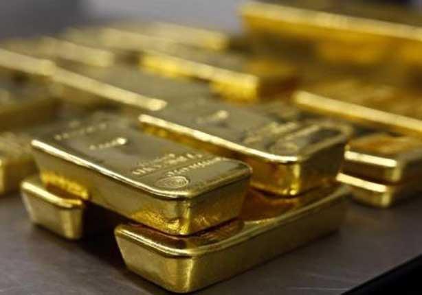 الذهب يتراجع بعد موجة صعود متأثرا بتعافي الدولار وبيانات أمريكية قوية