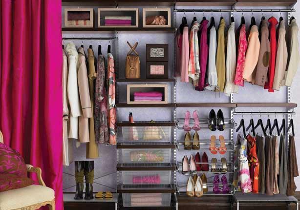 6 أسرار لترتيب خزانة الملابس!