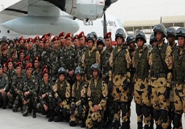 """رئيس الأركان يلتقى القوات المشاركة في التدريب المشترك المصري الإماراتي """"سهام الحق"""""""