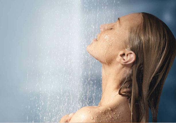 7 أخطاء عند الاستحمام .. احذريها