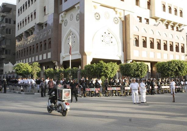 سفير قطر بالقاهرة يستأنف عمله رسميا بالسفارة