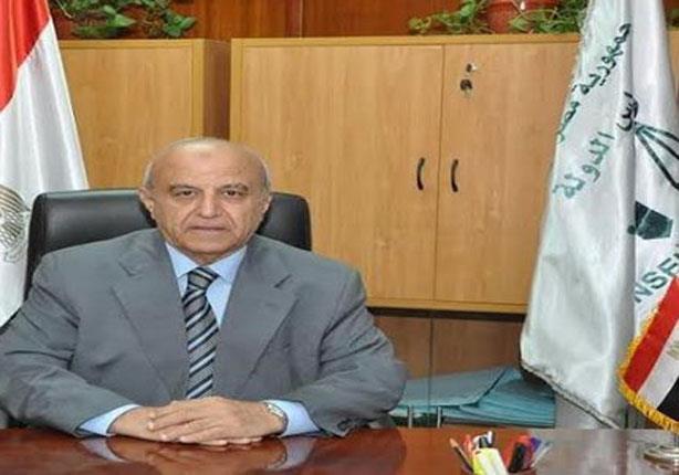 رئيس مجلس الدولة يلتقي بمدير أمن الجيزة بعد استهداف المحاكم بالدولة