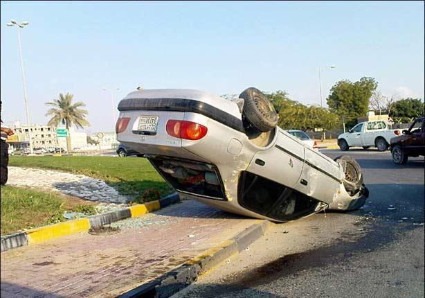 مصرع وإصابة 6 أشخاص من أسرة واحدة في حادث على طريق سوهاج