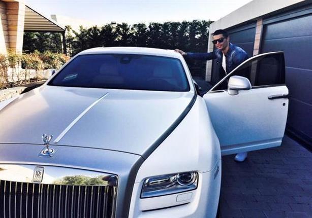 رونالدو يتربع على عرش أثرياء كرة القدم