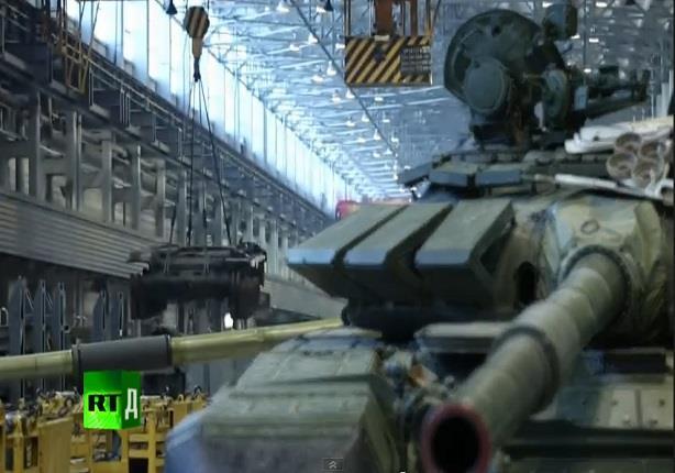 أكبر مصنع للدبابات في العالم (فيديو)
