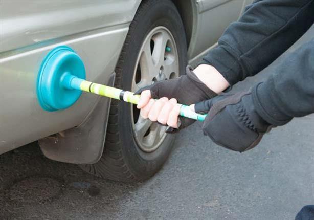 كيف تعالج الانبعاجات البسيطة في سيارتك بطريقة سهلة