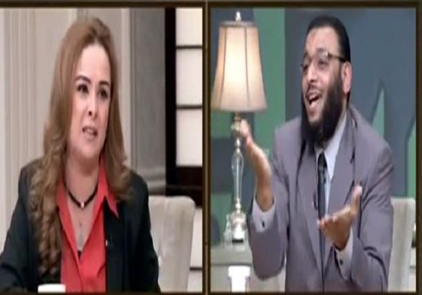 مشادة بين وليد اسماعيل وحنان شوقى لاتهامها بالتشيع
