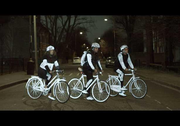 اسبراي عاكس للضوء لزيادة أمان قائدي الدراجات