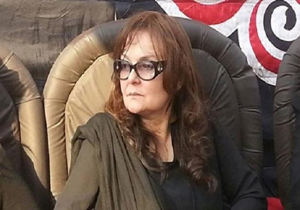 نهال كمال: لن يقام عزاء للأبنودي في القاهرة تنفيذا لوصيته