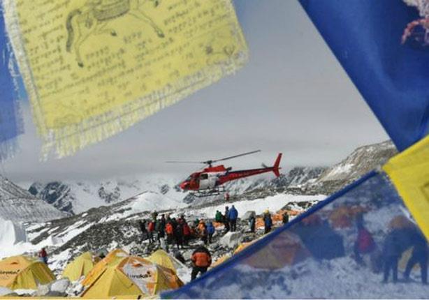 زلزال نيبال: ارتفاع حصيلة الضحايا إلى أكثر من 3 آلاف قتيل