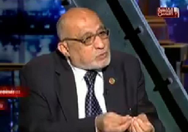 نقيب الاطباء البيطريين يكشف خطورة الالبان واللحوم التي يتناولها المصريون