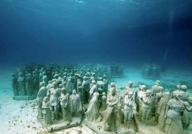 """بالصور: مدن عريقة تحت الماء..بينها """"قصر كليوباترا"""" بالإسكندرية"""