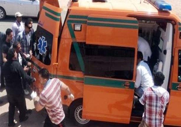 إصابة ضابطي شرطة في انقلاب سيارتهما بصحراوي بني سويف