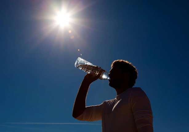 اعرف حقك.. بروتوكولات دولية توجب عطلة رسمية حال ارتفاع حرارة الجو لـ 50