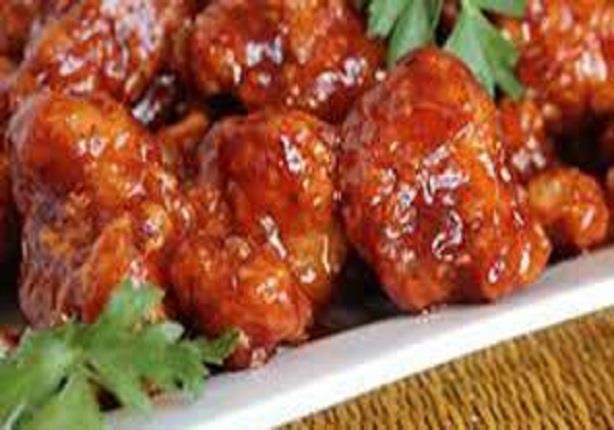 الدجاج المقلي بالصوص الأحمر - الشيف يسري خميس
