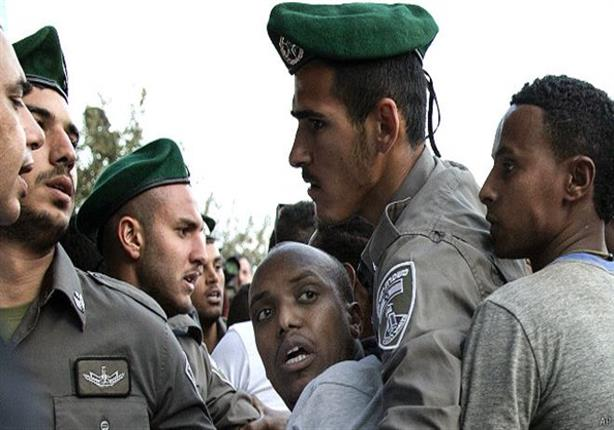 """يهود من أصل إثيوبي يحتجون في تل أبيب ضد """"عنصرية الشرطة"""""""