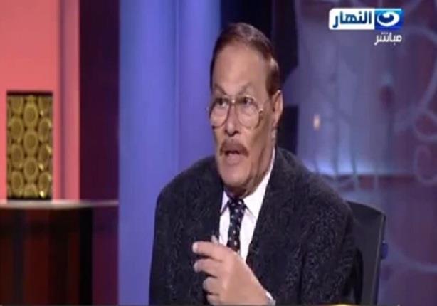 رئيس وزراء مصر الاسبق: الرئيس هو من يفرض قيودا على رئيس الوزراء