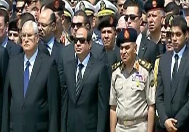 """الرئيس السيسى يتقدم مشيعي جثمان النائب العام """"هشام بركات"""""""