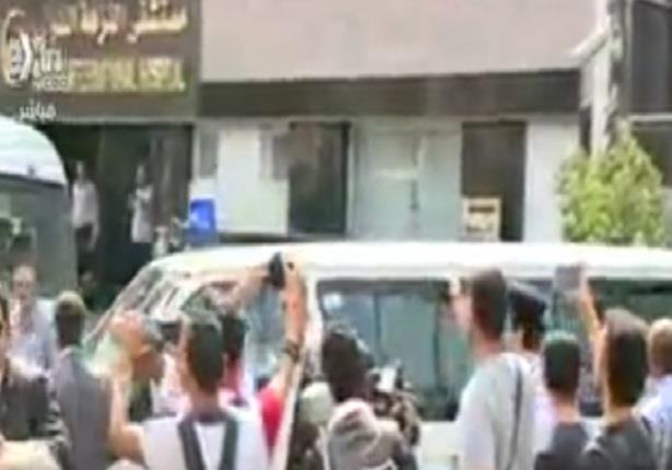 لحظة خروج جثمان النائب العام من مستشفى النزهة