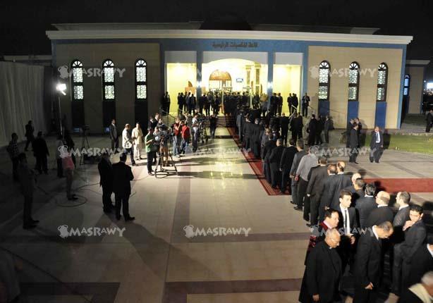 """بالصور- طابور أمام مسجد """"المشير طنطاوي"""" لدخول عزاء النائب العام"""