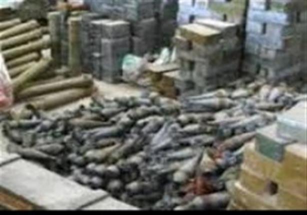الجيش يضبط سيارة محملة بأسلحة ومتفجرات بوسط سيناء