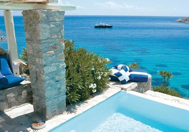 10 مناظر خلابة يمكن رؤيتها من غرف الفنادق العالمية