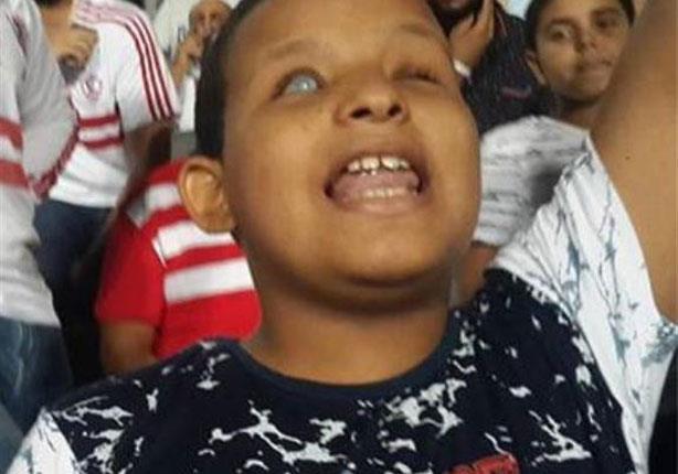 """مصراوي يحاور الزملكاوي الكفيف: بشجع """"ع الراديو"""" وبكيت في مباراة الأهلي"""
