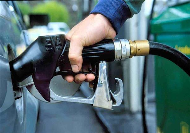 """الأرصاد تحذر سائقي السيارات: """"لا تملأ تانك البنزين إلى آخره"""""""