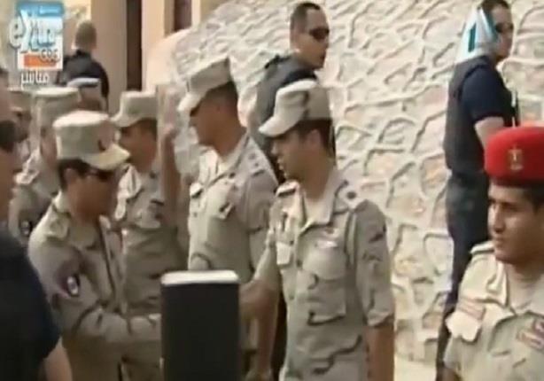 الرئيس السيسي يتفقد عناصر القوات المسلحة والشرطة في شمال سيناء