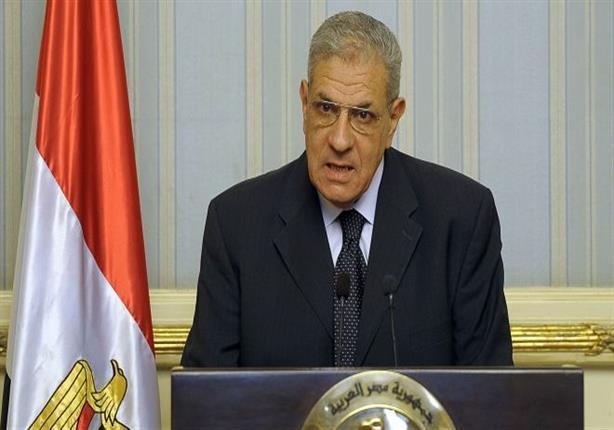 محلب ينعي الدكتور عبد القادر حاتم رئيس وزراء مصر الأسبق