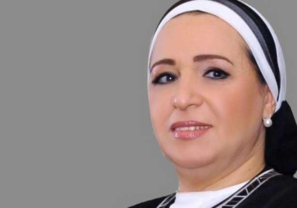 """قرينة رئيس الجمهورية وزوجات كبار رجال الدولة يتبرعن لصندوق """"تحيا مصر"""""""