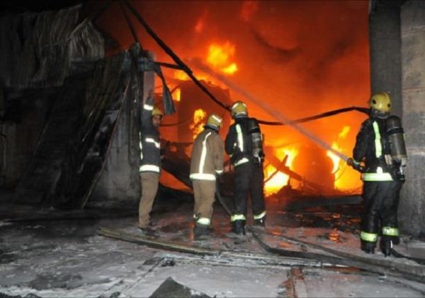 انتداب الأدلة الجنائية لمعاينة حريق المركز الثقافي الصيني بالهرم