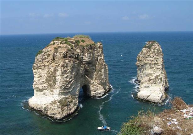 بالصور: ثورة سياسية وسياحة دائمة .. أجمل الأماكن في لبنان
