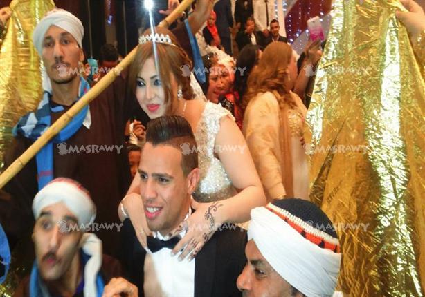 بالصور- حازم إمام يحتفل بزواجه للمرة الثالثة