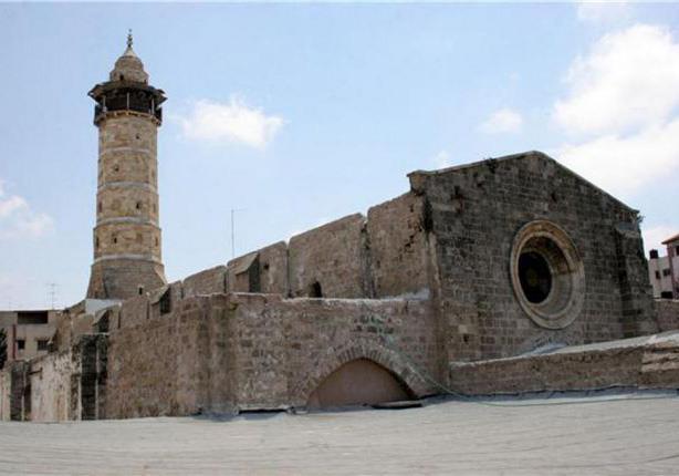 تشققات في المسجد العمري الصغير في القدس جراء الحفريات الإسرائيلية