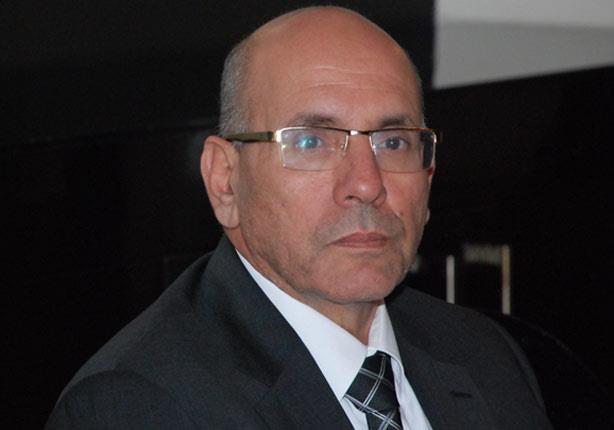 وزير الزراعة ينفي نيته الاستقالة ويؤكد استمراره في مكافحة الفساد
