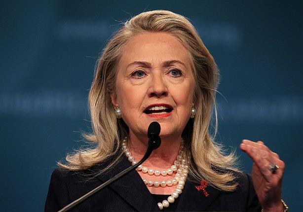 هيلاري كلينتون في مأزق بعد تسريب 7000 صفحة من رسائل بريدها الالكتروني