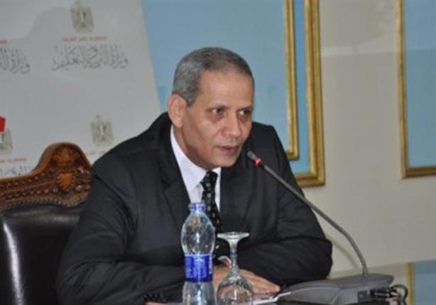 وزير التعليم يتابع واقعة تعرض إحدى التلميذات للاعتداء ويحيل المسئولين للتحقيق