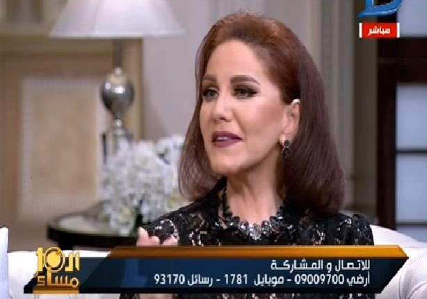 """ميادة الحناوي تكشف سر ترحيلها من مصر: """" غيرة ستات"""""""