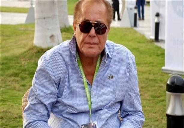 مقار: تحسن الحالة الصحية للفنان محمود عبد العزيز ومنع الزيارة عنه