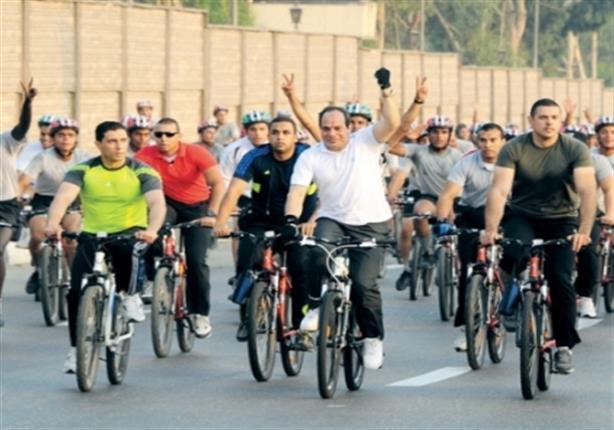 السيسي يتقدم ماراثون للشباب في شرم الشيخ